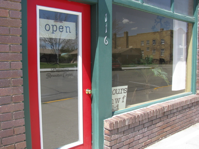 Open Arms Pregnancy Resource Center, 116 East 6th Street, P. O. Box 536, Walsenburg, CO, 81089, USA